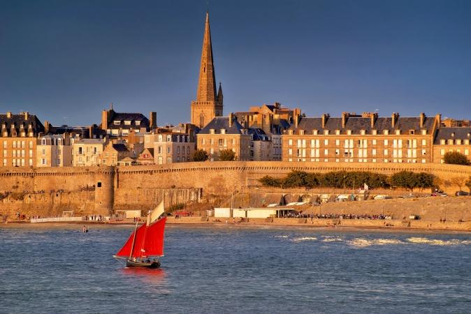 Parigi, Nord Francia e Loira Partenze garantite Francia